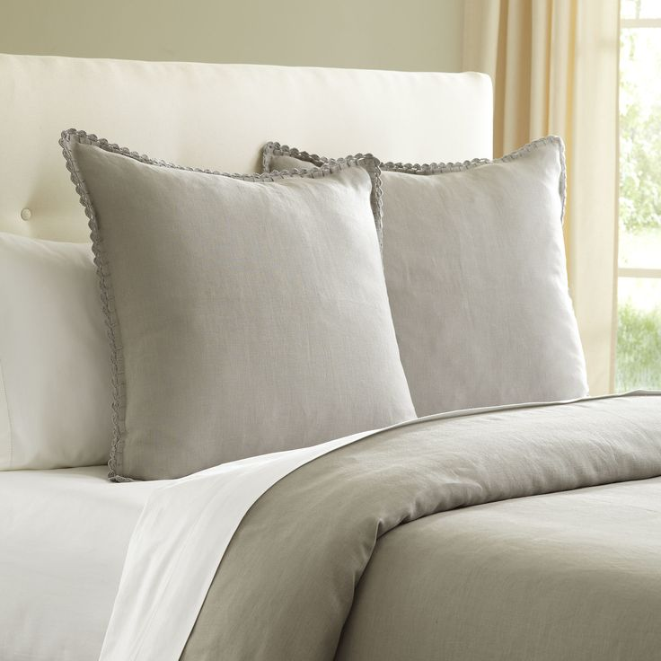 this simple and cozy BIRCH LANE BEDDING IS TO DIE FOR! CHECK IT OUT  HERE!