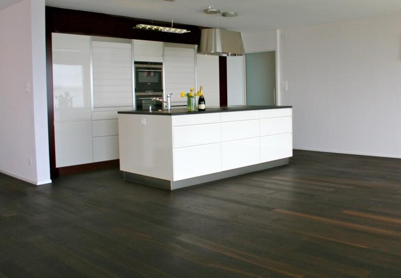 Hiag Floor 02 L Räuchereiche 1200 x 120 mm.jpg