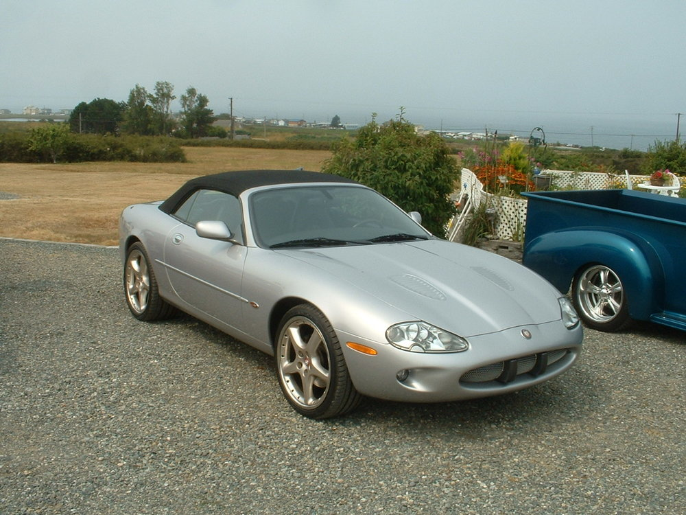 Lynn Holmes 2000 XKR Jaguar