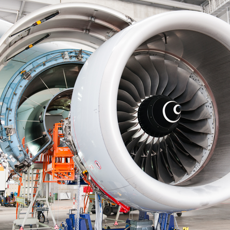 a380 engine open (1 of 1).jpg