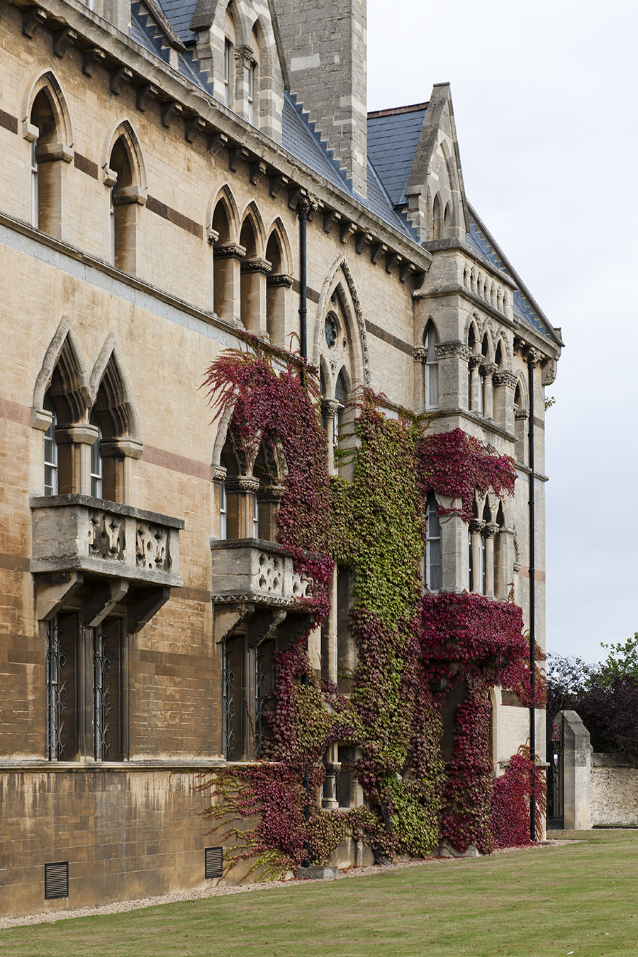 The Architecture of Oxford No. 4