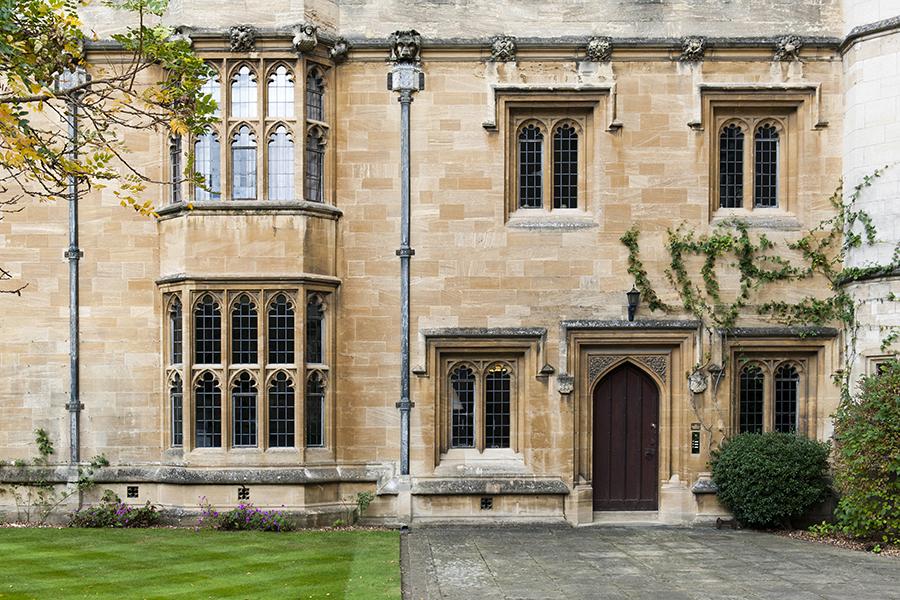 The Architecture of Oxford No. 9