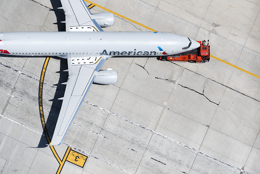 Graphic Airport AA 737 for site.jpg
