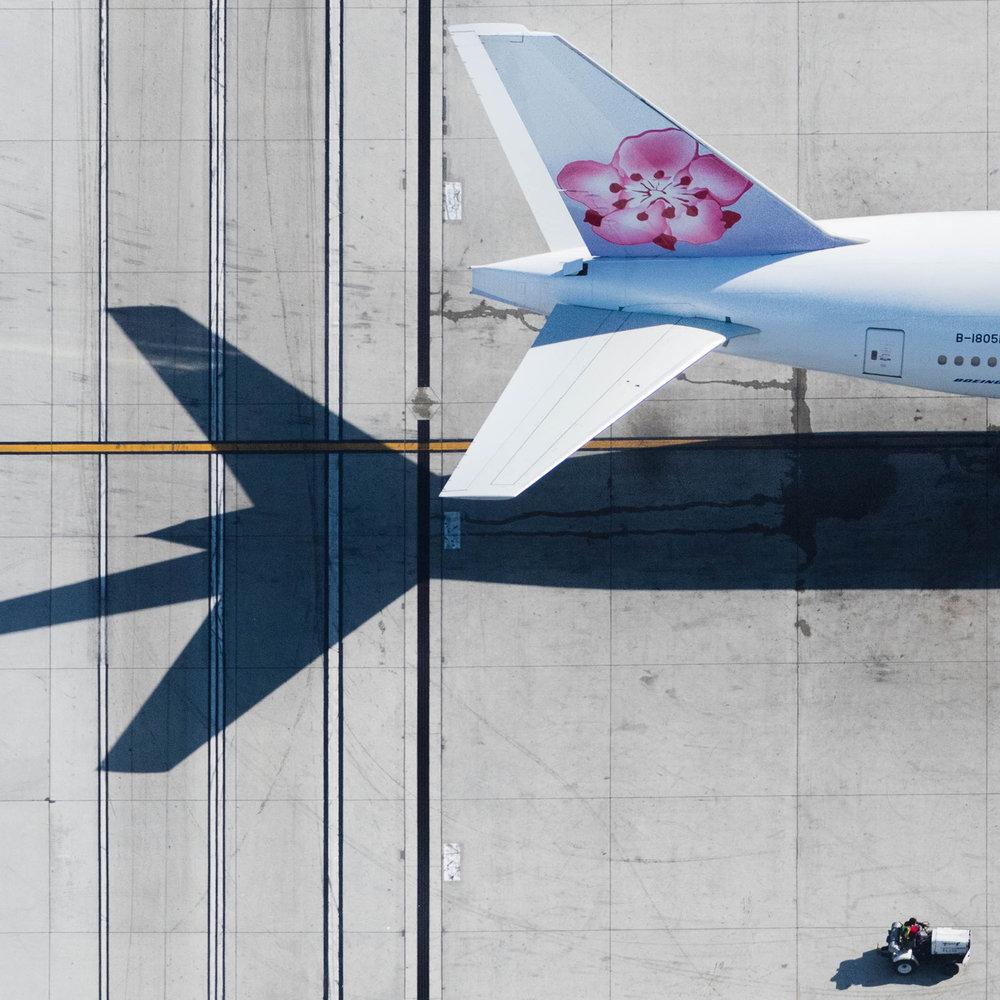 Air China Tail (1 of 1).jpg
