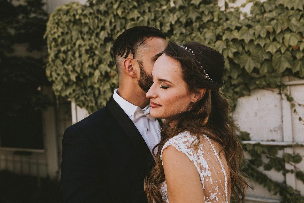 SAMLANDRETH-bridals-4.jpg