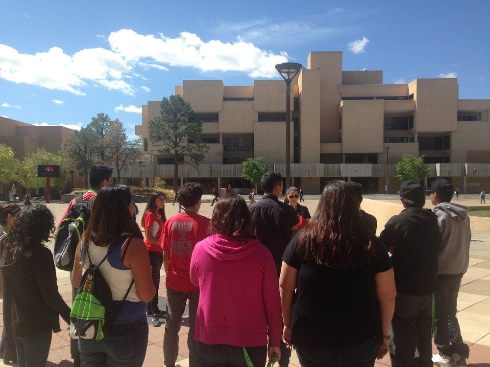 Cuba High School Biology class tours the UNM campus