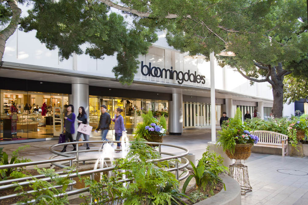 Stanford Shopping Centre Bloomingdale's