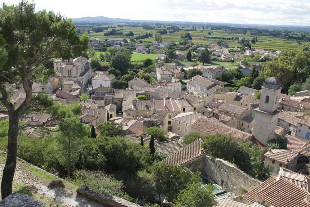 Boulbon, Dorfansicht, Sicht vom Schloss, Zeichenkurse, Malkurse, Skulpturenekurse, Provence,Kreative Kurse