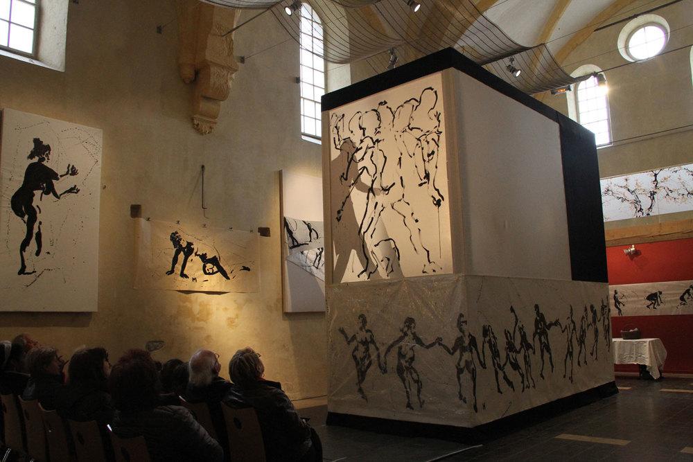 1.Mai Performance finissage der Ausstellung ingo hoffmann