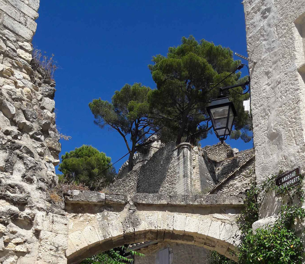 Blauer Himmel der Provence