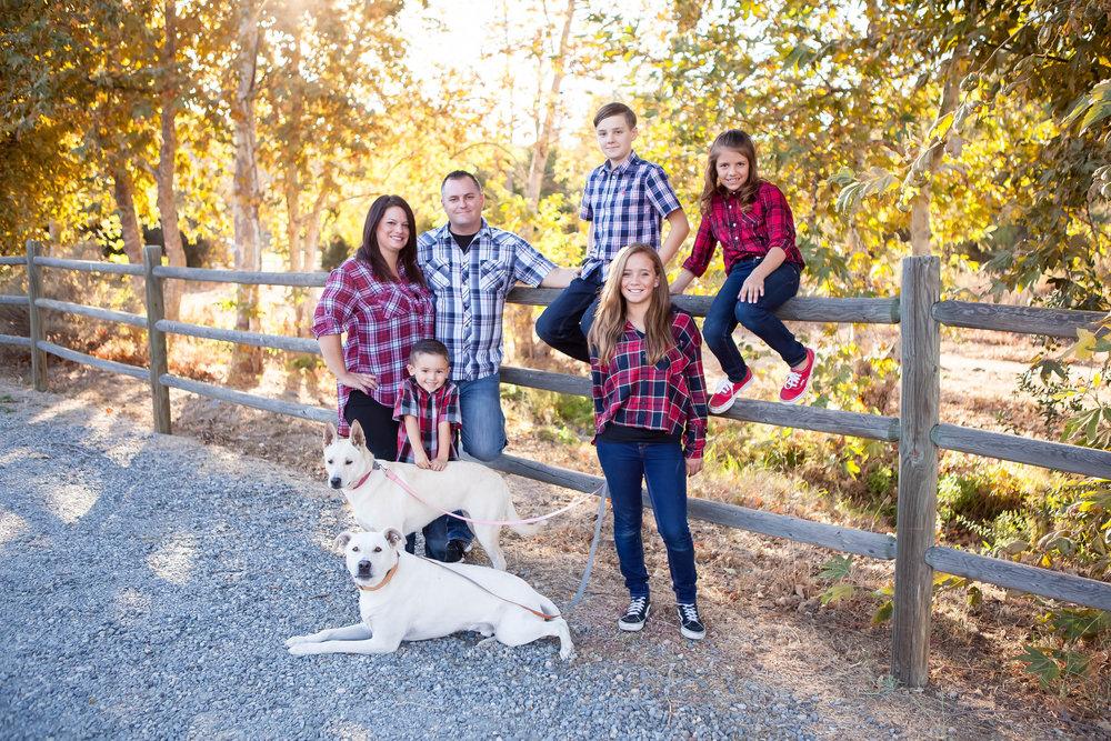 20161101-Dunagan Family-2015-6.JPG