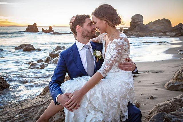 "What they meant when they said, ""love on the rocks"". #Wedding #weddings #WeddingPhotography #WeddingPhotographer #OrangeCountyWeddingPhotographer #WeddingDay #WeddingPlannerITakeOrangeCountyWeddingPlanner #CoronaDelMar #littlecorona #NewportBeach #NewportBeachWedding #LuxuryWedding #doityourselfwedding #dyiwedding #brettwernerphotography #BeachWedding #sunset #WeddingInspiration #Photography"