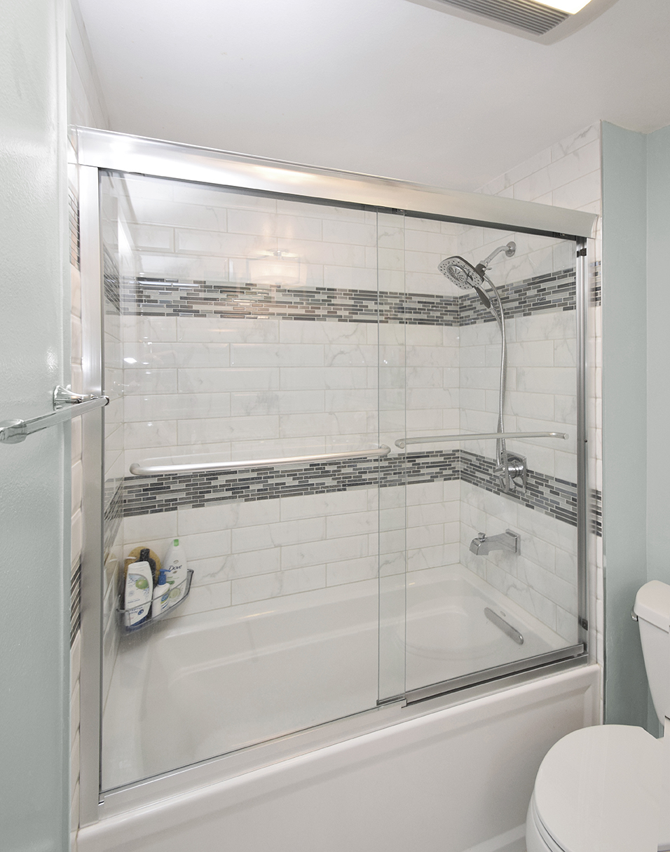 West Hills Bathroom 04.jpg