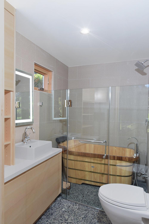 Image57_Bathroom.jpg