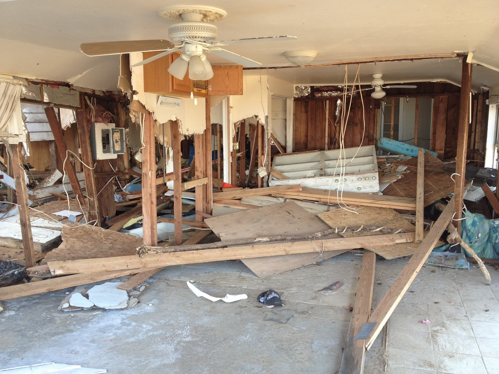 How many NJ homes were seriously damaged by Superstorm Sandy?