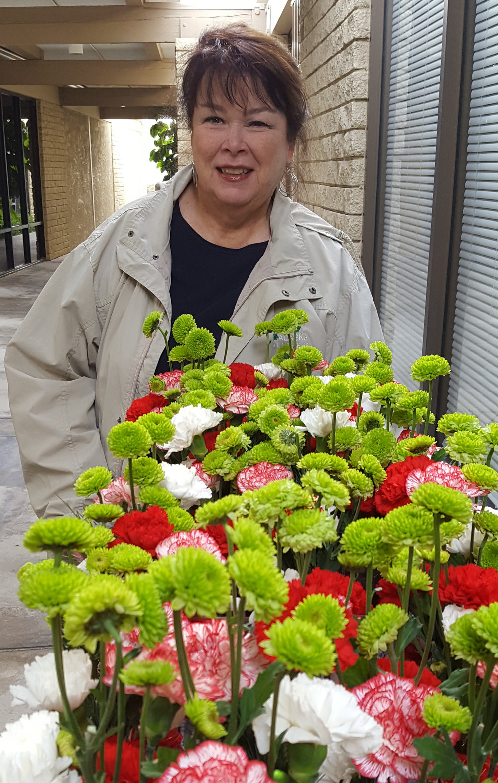 Sue - Lovely Flower Lady 12-15-16.jpg