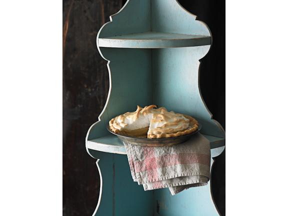 vert blue shelf pie.jpg
