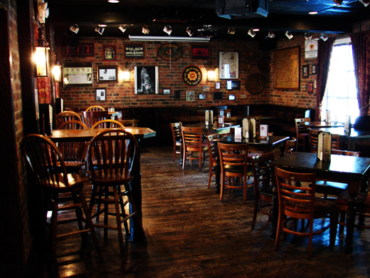 the traditional english pub milliegoes travel. Black Bedroom Furniture Sets. Home Design Ideas