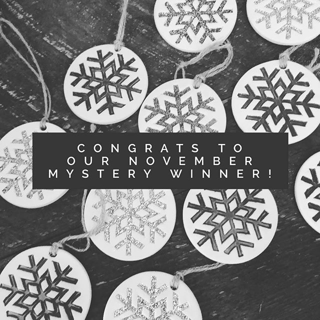 Congrats to @tat2dquilter, the winner of our monthly giveaway! We hope you love this collection of ceramic snowflake ornaments! ⠀ #giveaway #fettleandfiregiveaway #contestalert #sweepstakes #madeincolorado #colorado #handmadeincolorado #happyhandmadehome #supporthandmade #inspiremyinstagram #eclectichome #pursuepretty #thehappynow #thatsdarling #ceramics #instapottery #contemporaryceramics