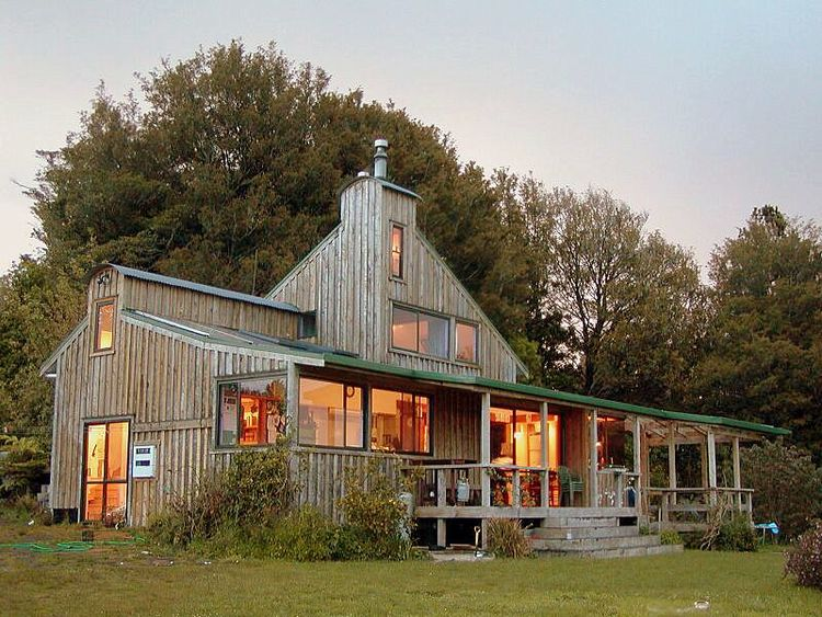 Permaculture House | Bell Stephenson Architects, NZ