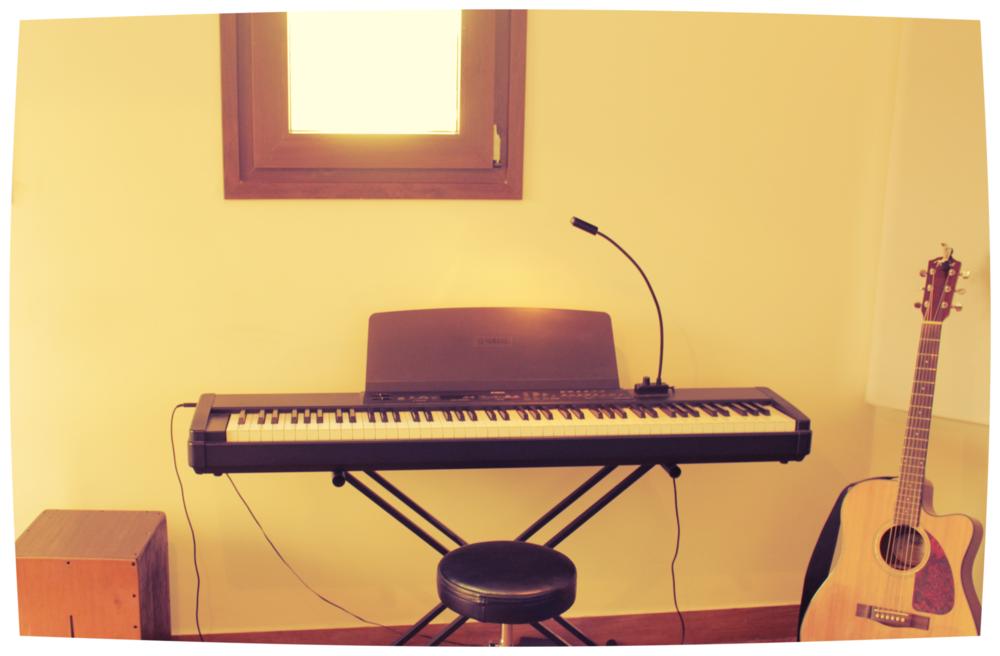 piano yamaha.png