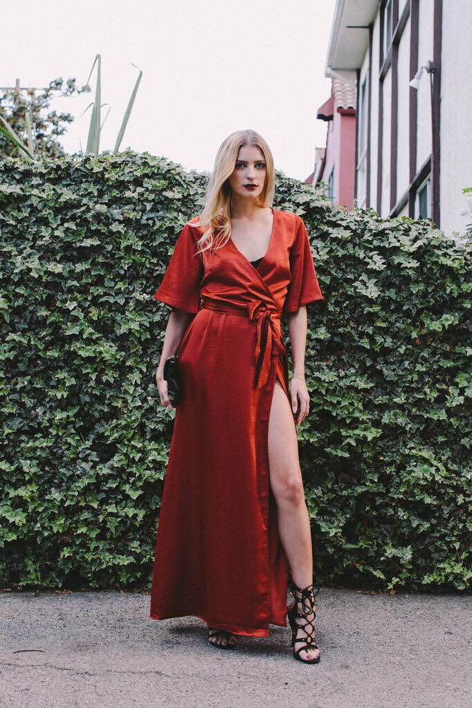 Dress: Millie Mackintosh from ASOS, Bralette: Forever 21, Clutch: Heartbreaker Stores, Shoe: Wild Diva Lounge from Eden Sky, Handchain: Forever 21