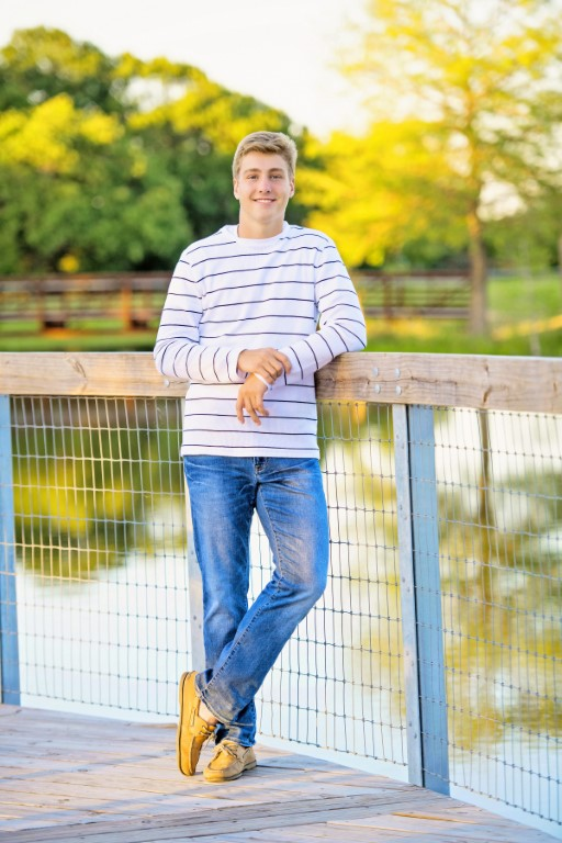 Jodi Stascia - We loved Nikki!Matt wasn't excited about senior pictures, and I was worried it would reflect in his pictures.Not only are his pictures amazing, but she made the shoot a blast!!!