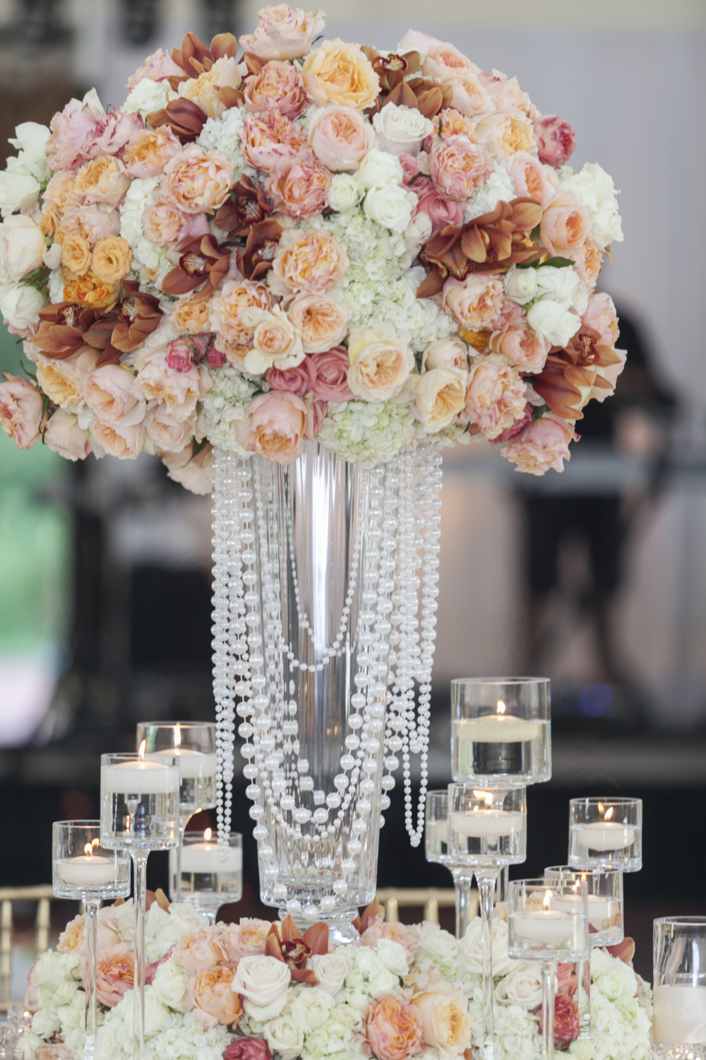 Flowers bobbi rice weddings my love affair with beautiful flowers began in california it was where i was working on some truly breathtaking events where every facet of the events was izmirmasajfo
