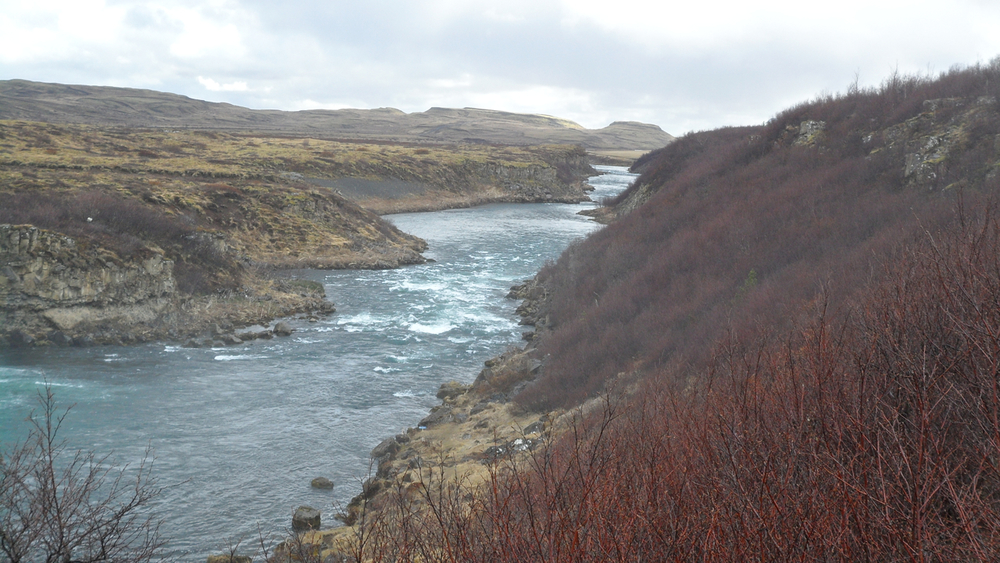 The river leading away from Vatnsleysufoss