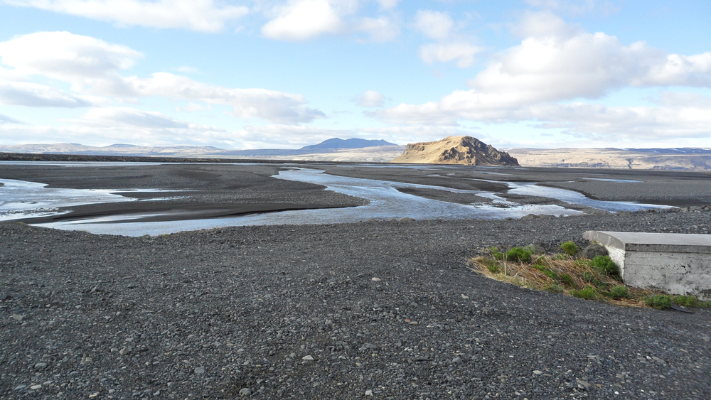 After a short we watched on the plane home, I think this is a flood plain created during the eruption of Eyjafjallajökull in 2010. At a different season of the year, THIS would have been where we turned around.