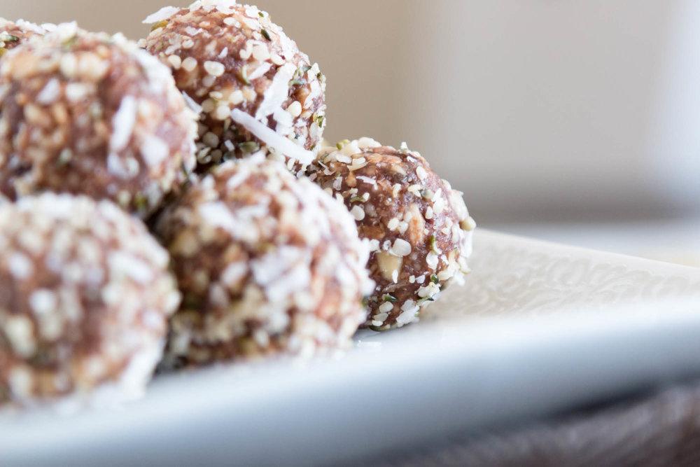 Nutritious Vida_Cashew Snack Bites.jpg