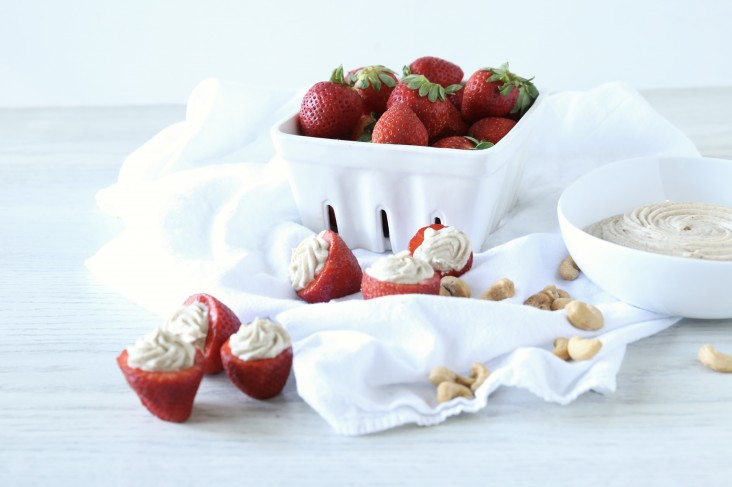 Strawberry-and-Cashew-Cream