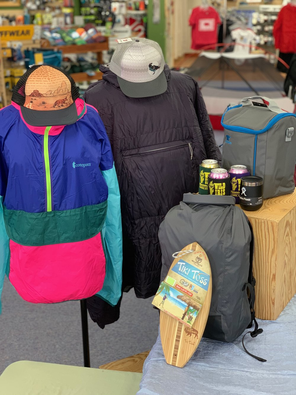 RAFFLE PRIZE #3 - Festival Goer - MSR Honcho Poncho: $130Cotopaxi Teca Windbreaker: $80Chrome Cardiel Orp Pack: $80Mountainsmith Sixer Cooler: $25Surf Wyoming Tiki Toss Game: $30Hydroflask 10oz Tumbler: $20Ambler Trucker Hats: $70Wild Iris Logo Coozies: $9Total Approximate Retail Value: $450