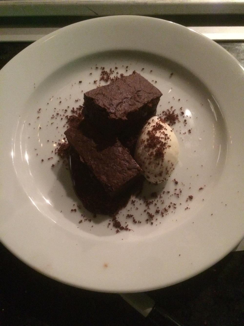 Brownie $8