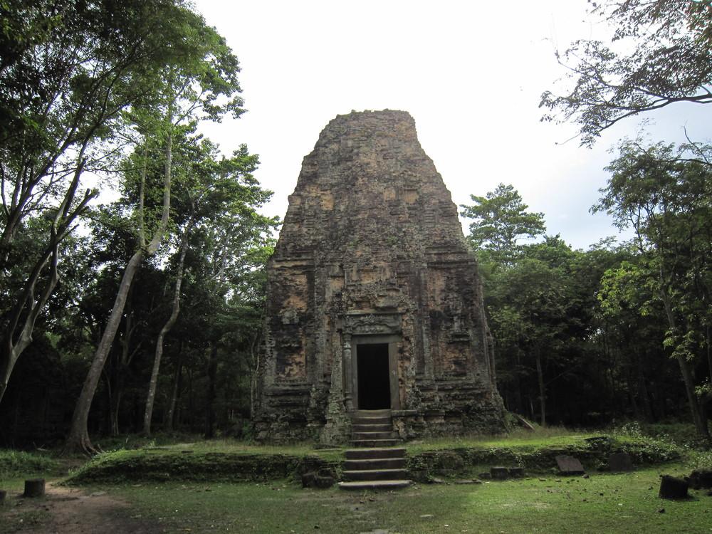 cambodia-sambor-prei-kuk-temple-ruins.jpg