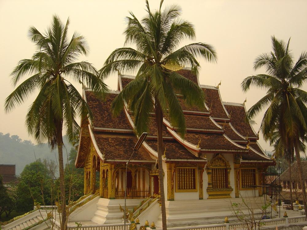 Wat Mai Suwannaphumaham.jpg