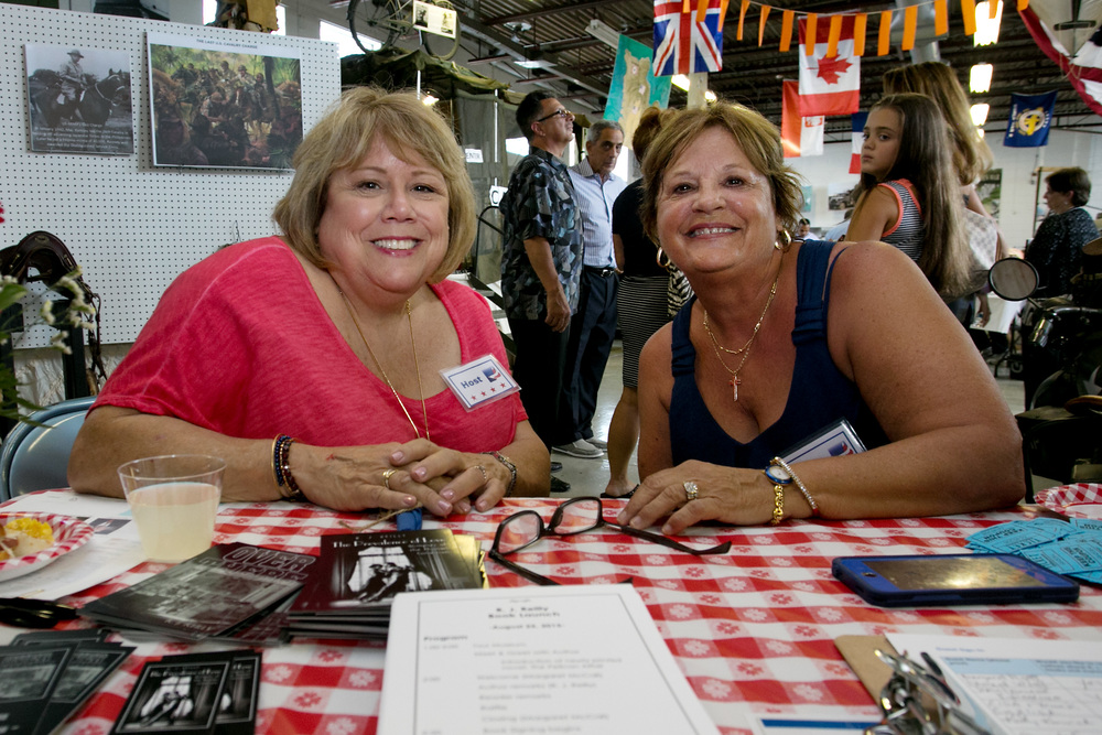 Marlene Heitmanis w Donna Fuga at Sign in Table Closeup.jpg