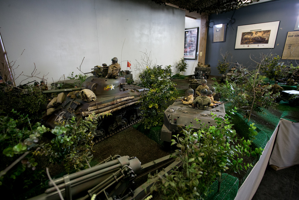 Arsenal Diorama closeup.jpg