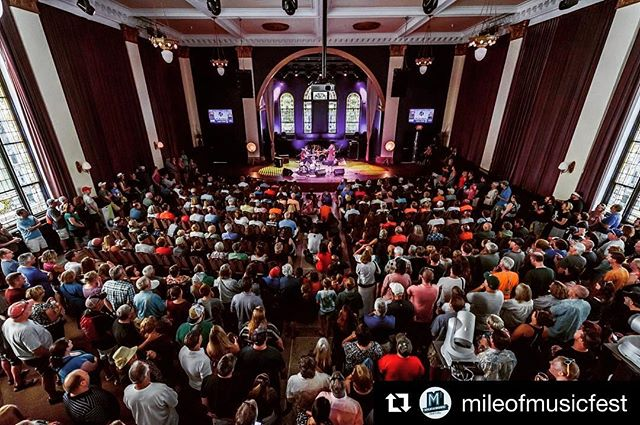#tbt to this wonderful crowd at last year's @mileofmusicfest! On stage in this pic are our talented buds @smoothhoundsmith , and we had so much fun playing alongside them that day.  Luckily, we're coming back to Appleton on July 20 for a FREE show in houdini plaza! Hope to see you there or on the way up there!  Check out our tour dates and let's have some fun (you know where the link is 😉)