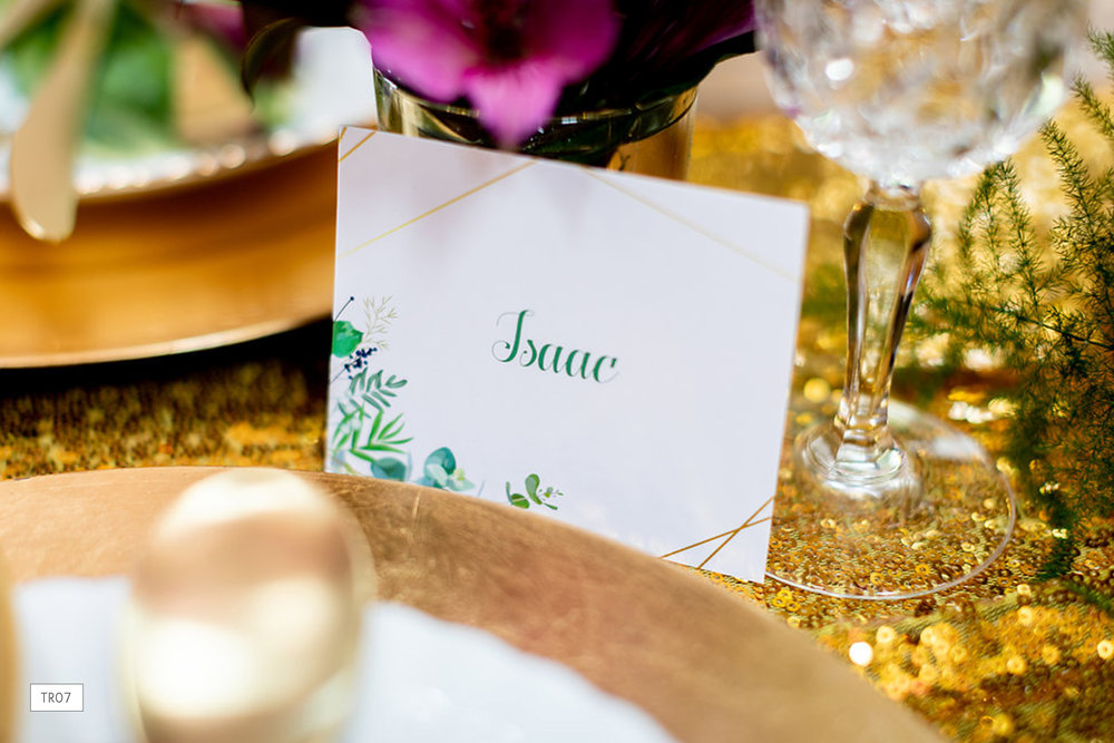 tr07-tropical-wedding-placecard.jpg