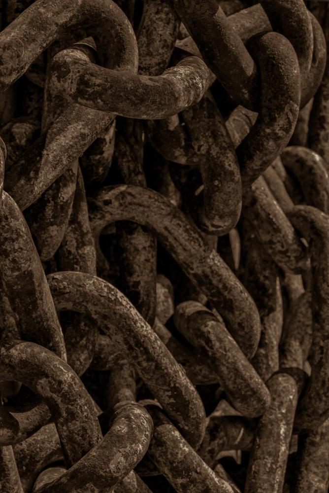 Vertical Dark Sepia Jumbled Chains April 14, 2014.jpg