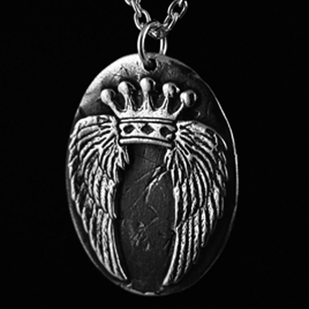 custom-crowned-wings-pendant-web.jpg