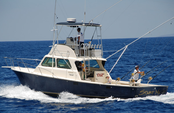 Maui fishing charter on The Cuz