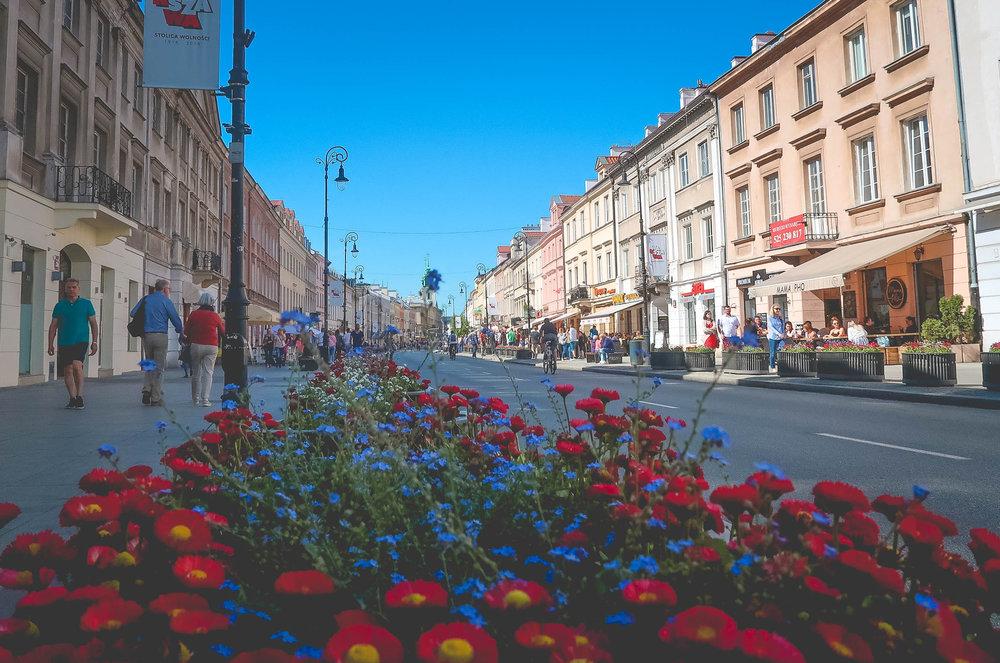 Normaal werk ik vanuit Den Haag als Virtual Assistant maar nu tijdelijk vanuit Warschau, Polen.