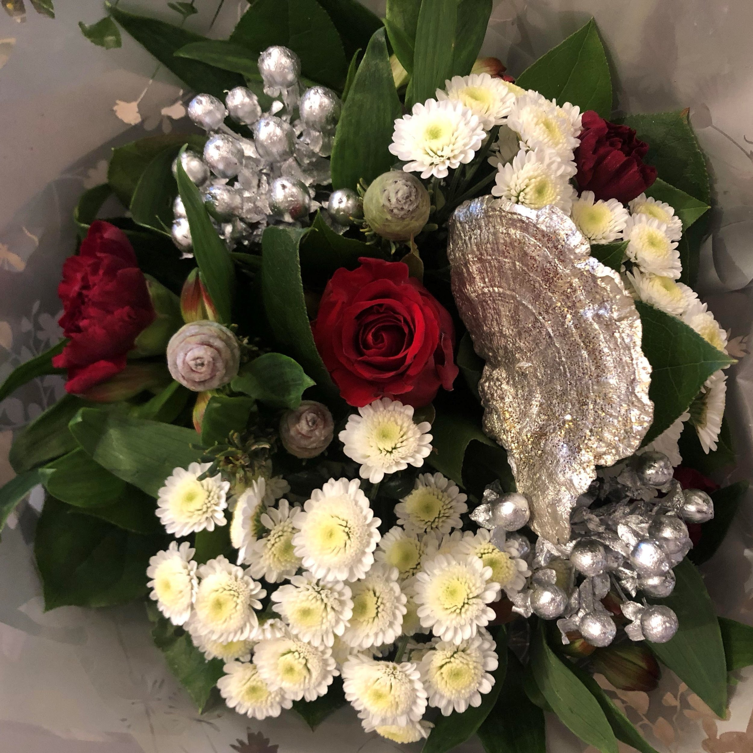 Christmas Festive Bouquets Lucas May Florist Gifts Knebworth Hertfordshire