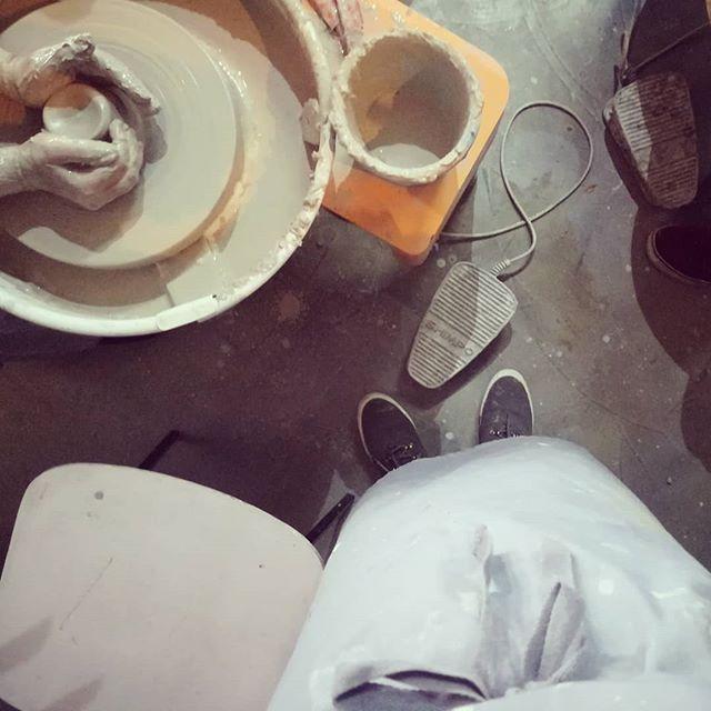 Smo šli ustvarjat🎨👌💪 #boljmisicetrenirat #navretenu #apok #liboje #keramika  #seenosalckovecbomprinesladomov