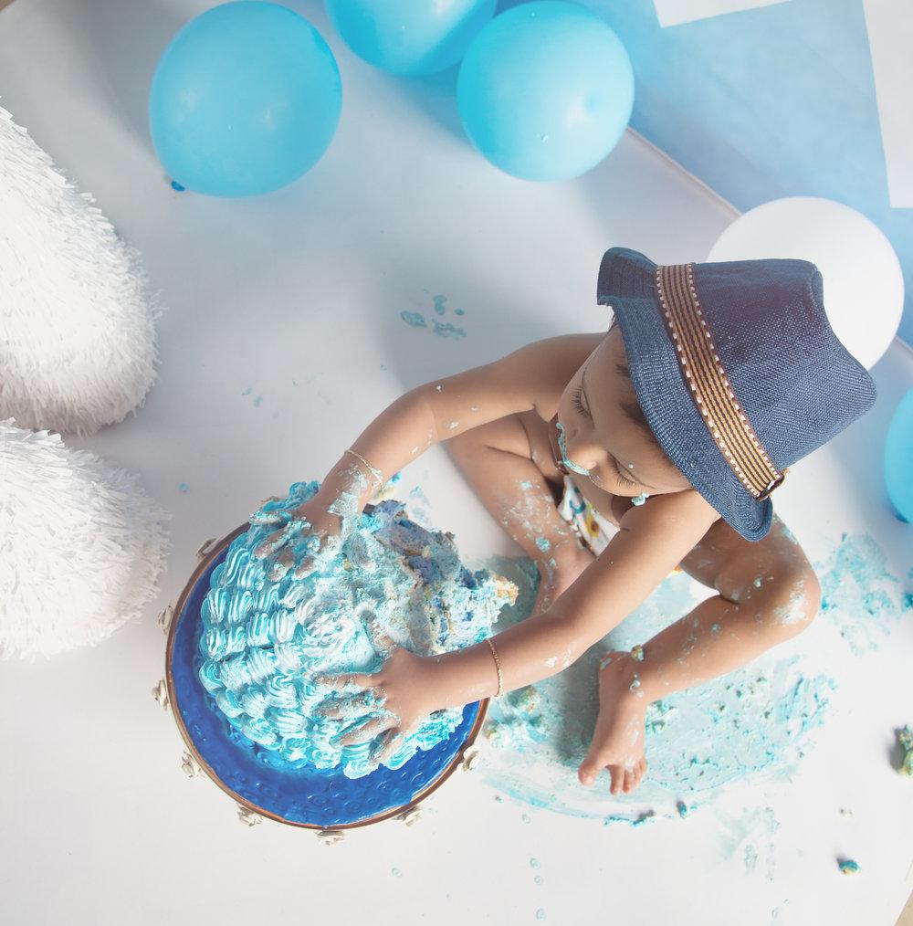 Cake Smash - Full Edits-5.jpg
