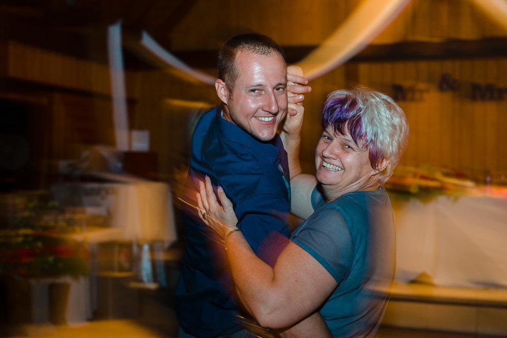 Linda & Justin-652.jpg