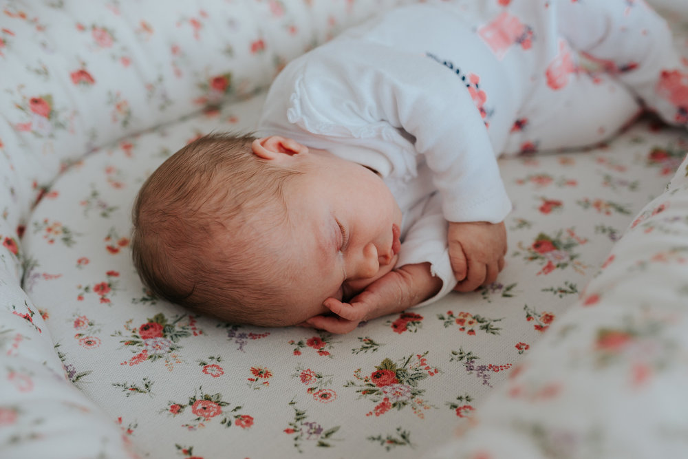 Newborn Lifestyle-65.jpg