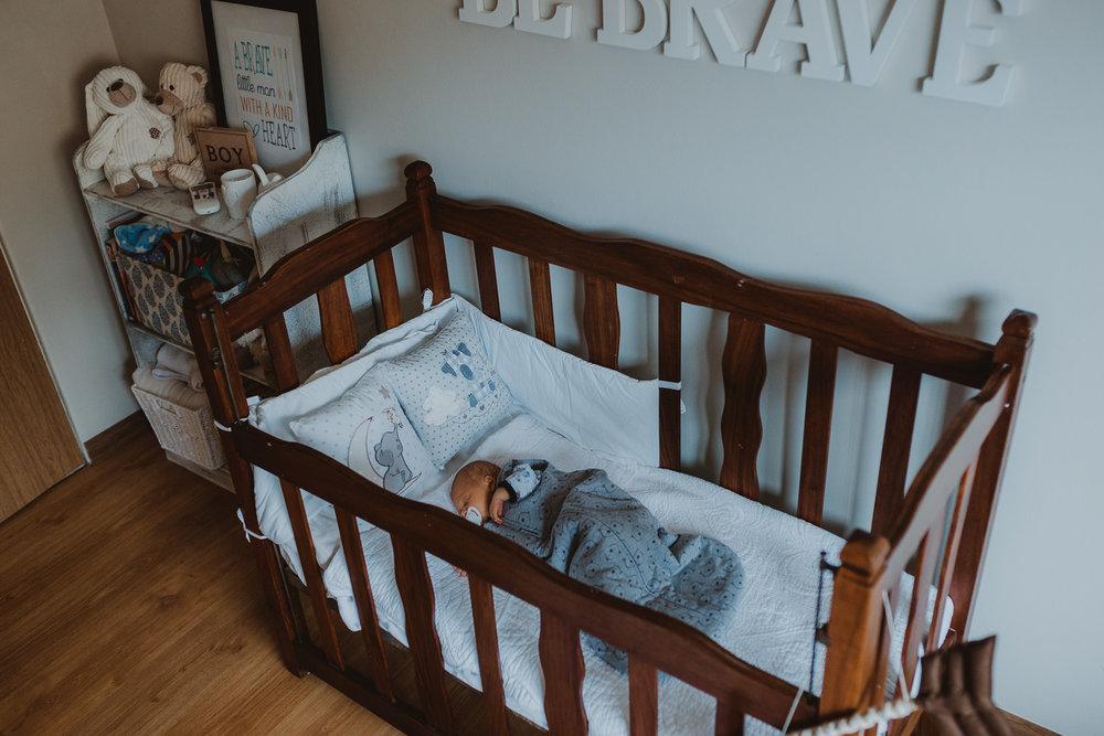 Newborn Lifestyle-80.jpg